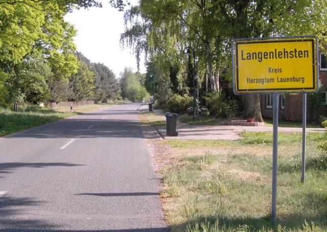 Ferienwohnung Langenlehsten Dorfeingang